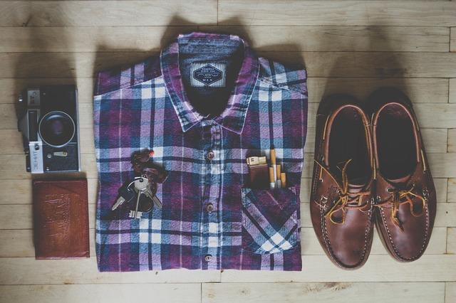 košile obuv klíče